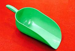 Feed shovel
