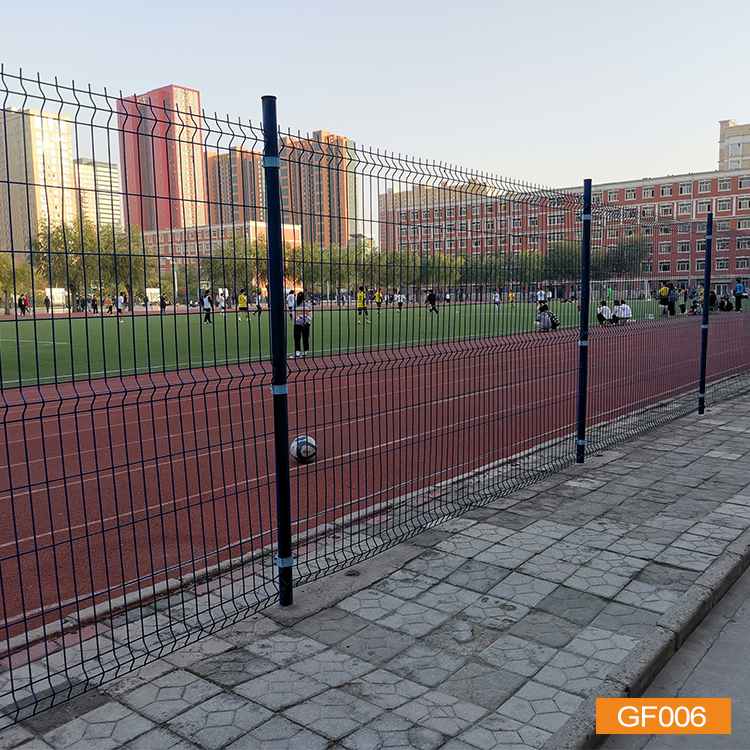 Round post fence