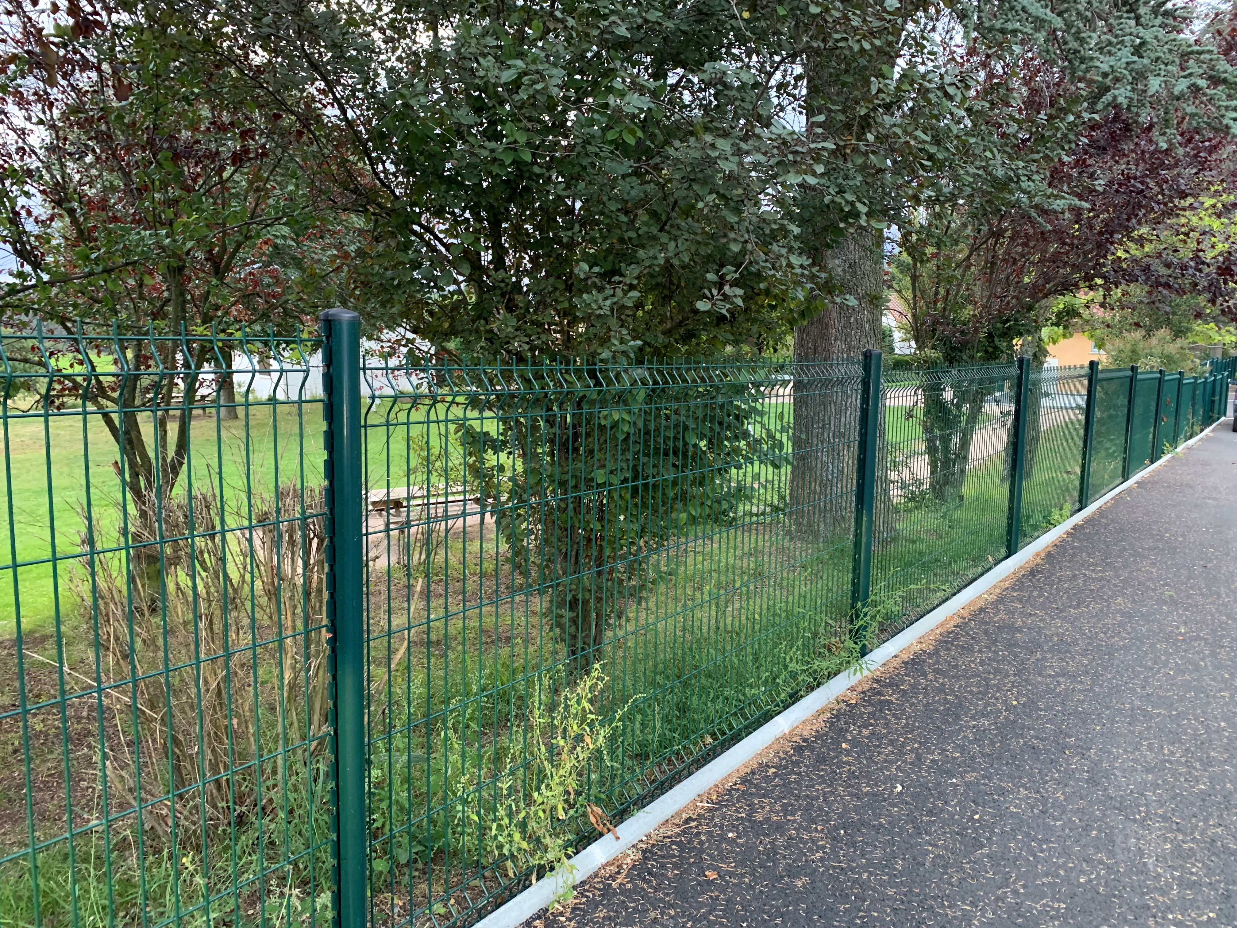 3D fence 对页大图 (2).jpg